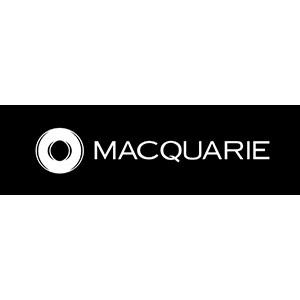 Corporate headshot customers Macquarie Bank